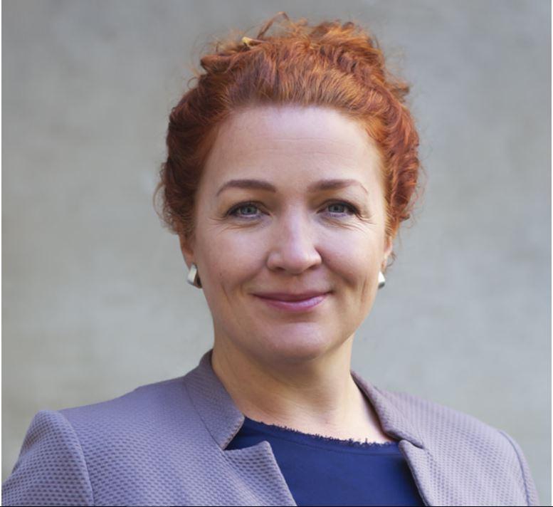 Carolin Schenuit